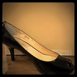 BRAND NEW IN BOX Michael Kors Black Patent Heels